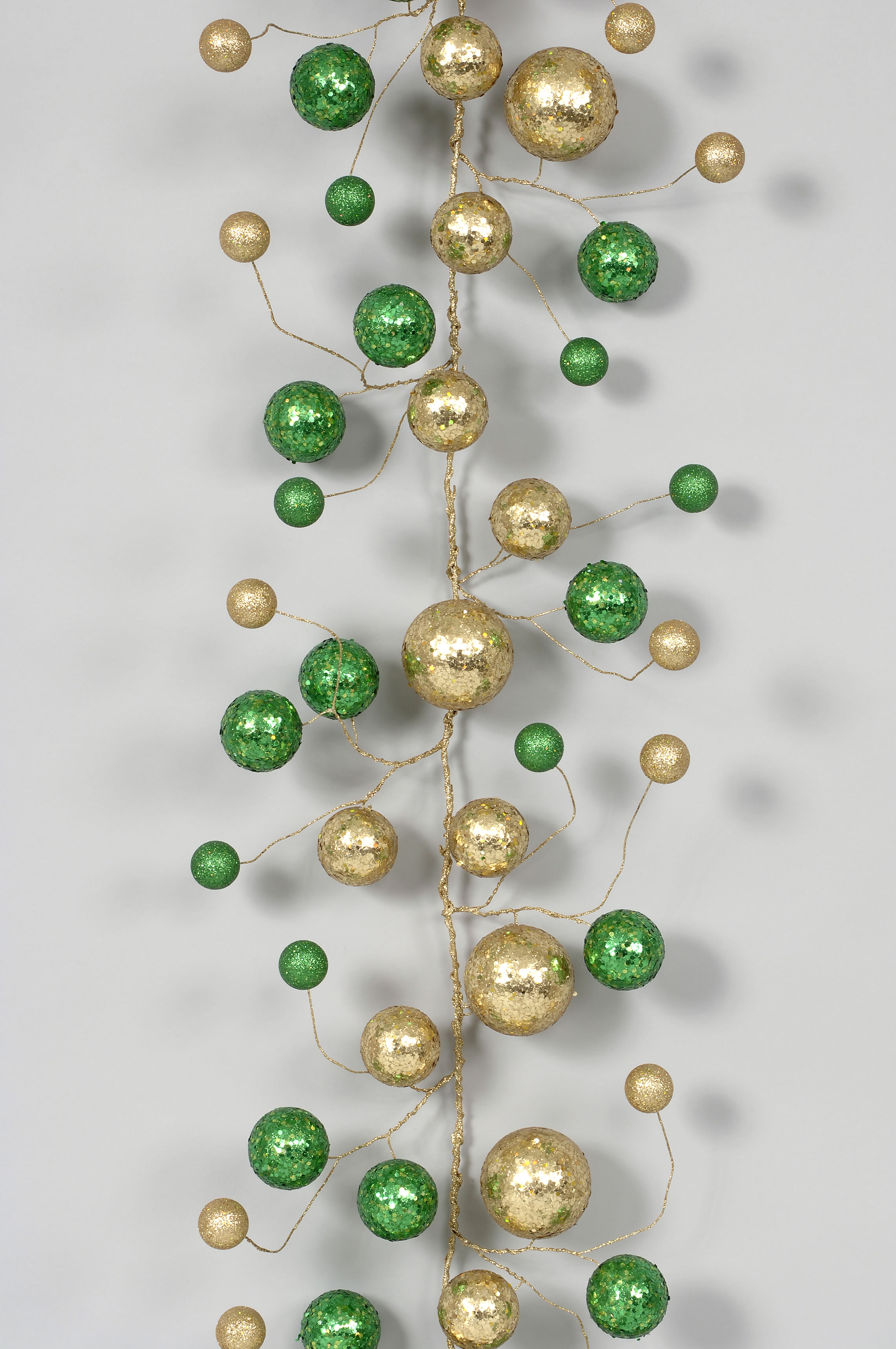 h40457 goldgreen 5 jumbo glittersequin styro ball garland
